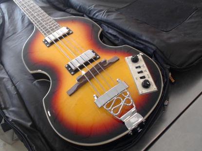Picture of Mc Cartney Modelo: Viola Bass - Publicado el: 06 Sep 2020